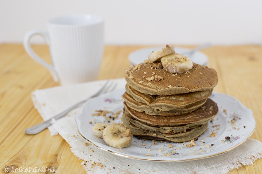 Pancakes senza uova alla banana light