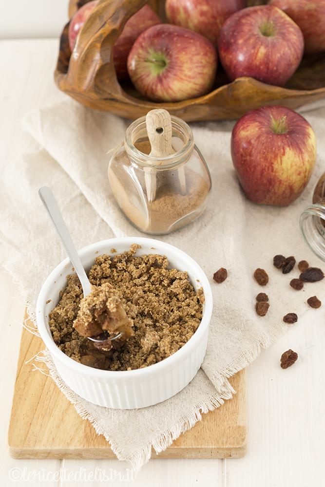 Crumble di mele, cannella e uvetta le ricette di elisir