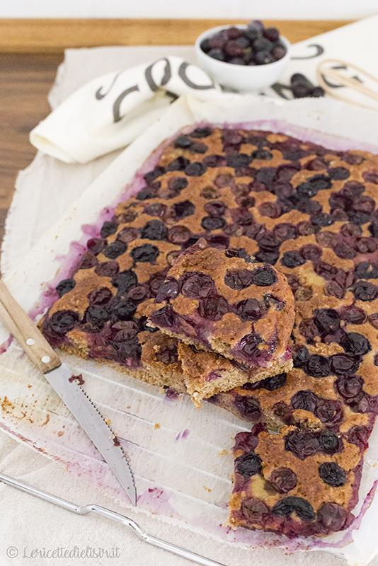 Torta soffice all'uva fragola le ricette di elisir