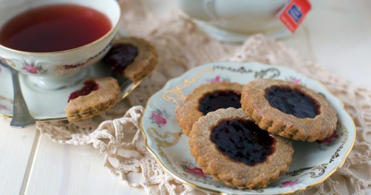 Biscotti integrali alla marmellata