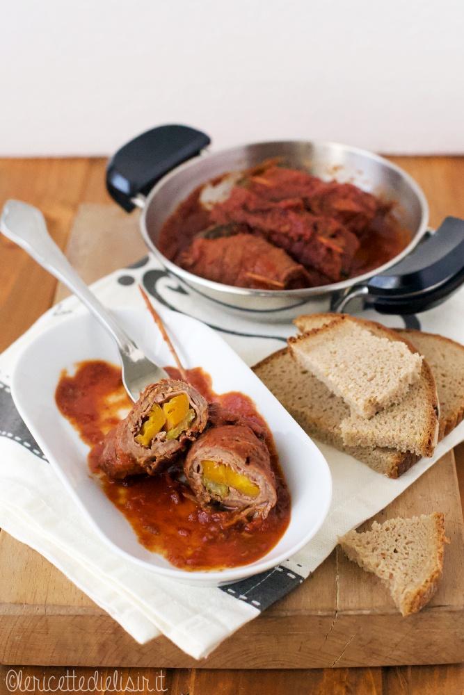 Involtini di carne al sugo le ricette di elisir