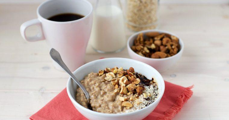 Porridge di avena cremoso al caffè