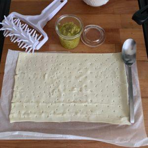 Girelle di sfoglia alle olive le ricette di elisir