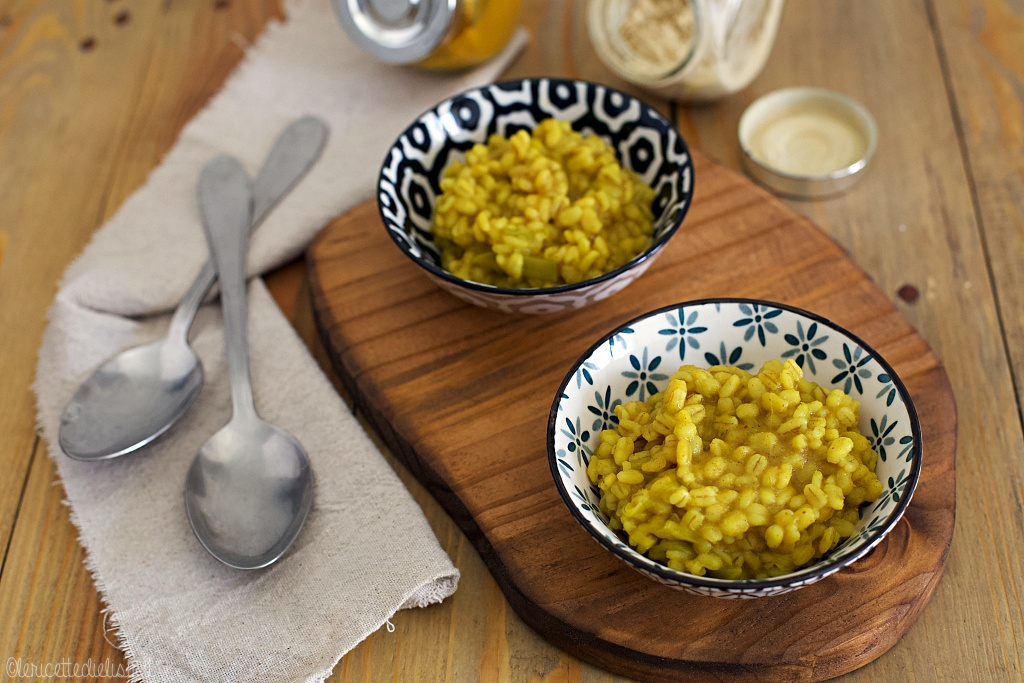 Orzotto al curry speziato