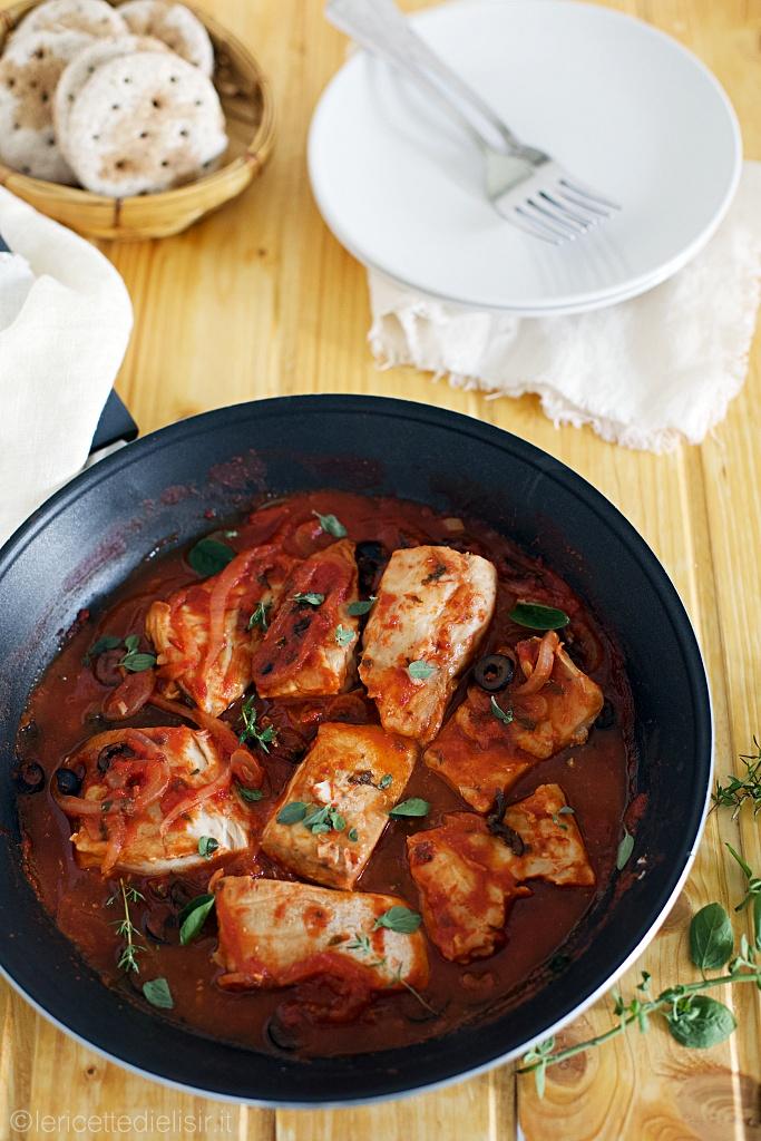 Pesce persico al pomodoro e olive le ricette di elisir