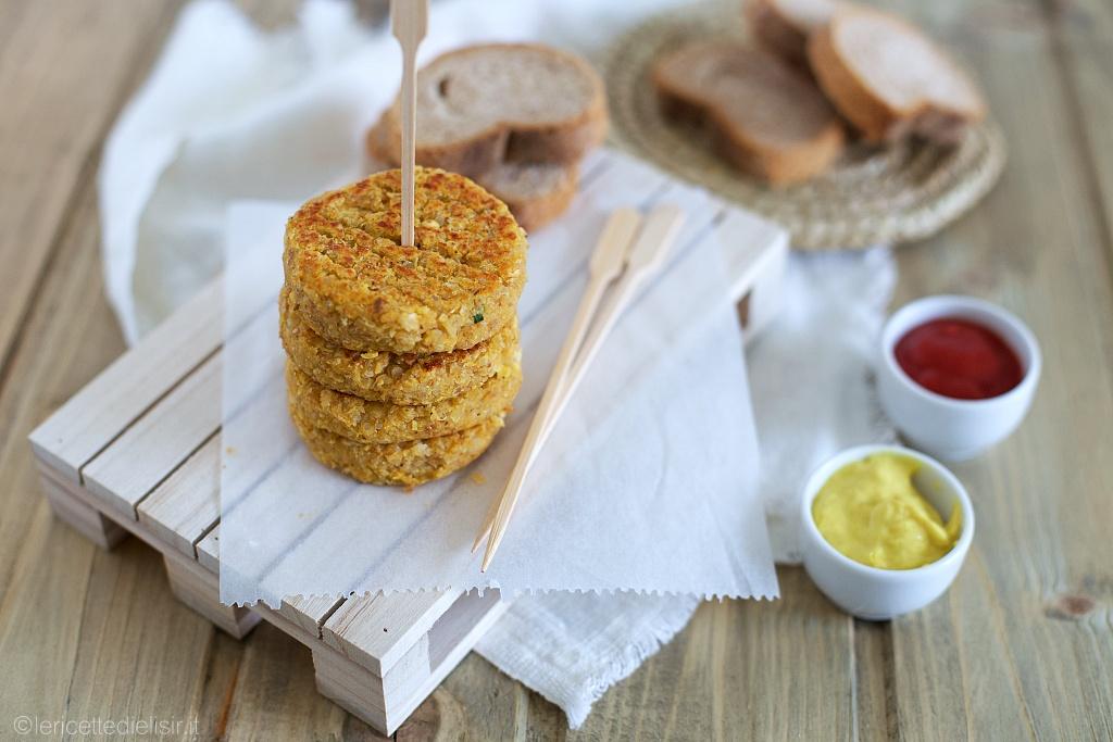 Mini burger di quinoa e lenticchie rosse