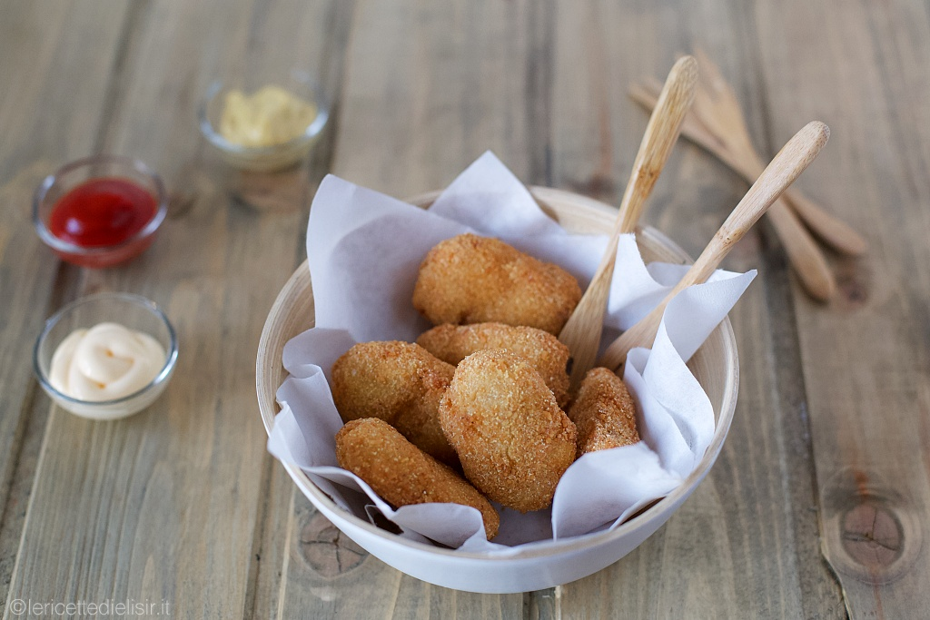 Nuggets di pollo facili e croccanti