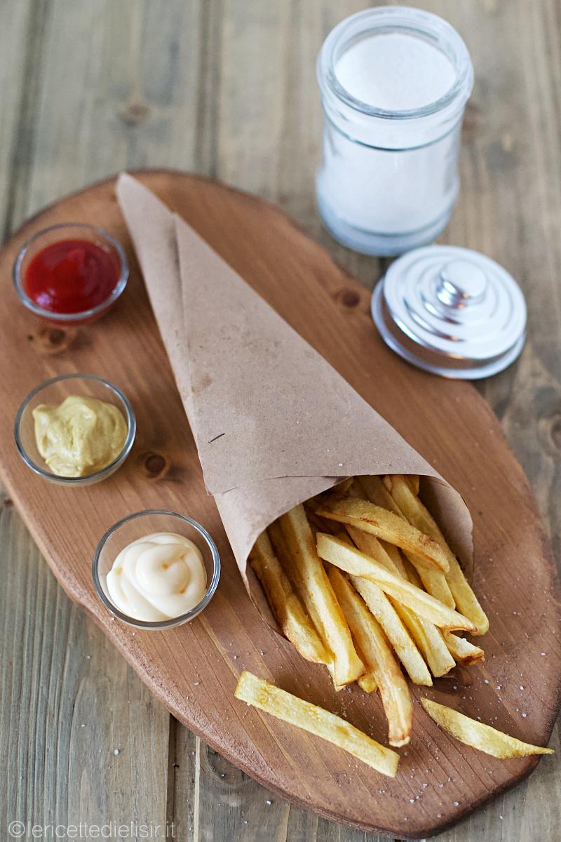 Patate stick fritte fatte in casa perfette le ricette di elisir