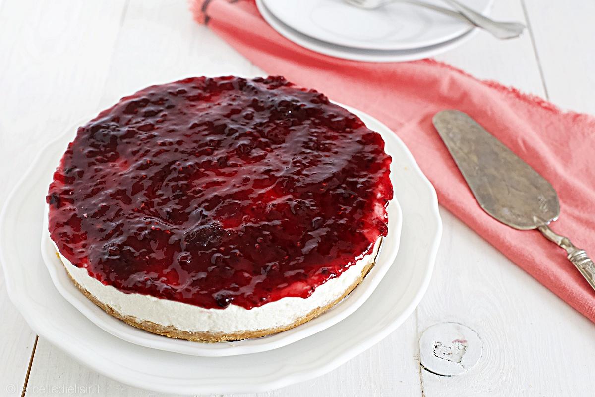 Cheesecake ai frutti di bosco fredda