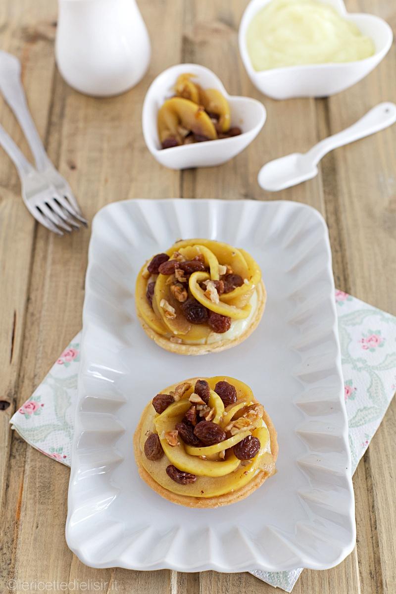 Crostatine alla crema, mele e uvetta le ricette di elisir