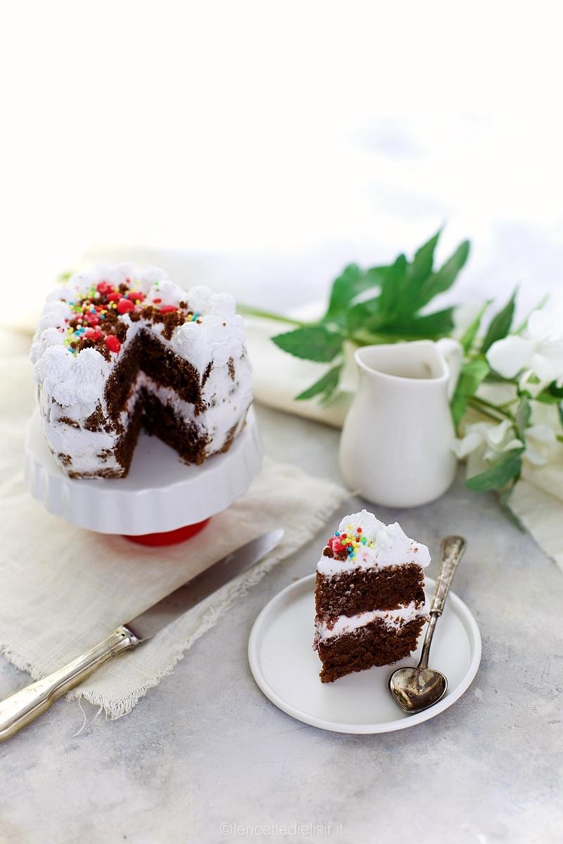 Torta cacao e panna romantica san valentino
