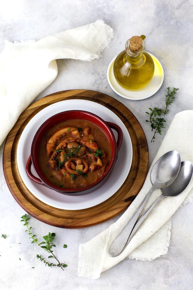 Zuppa di fagioli cannellini e totani