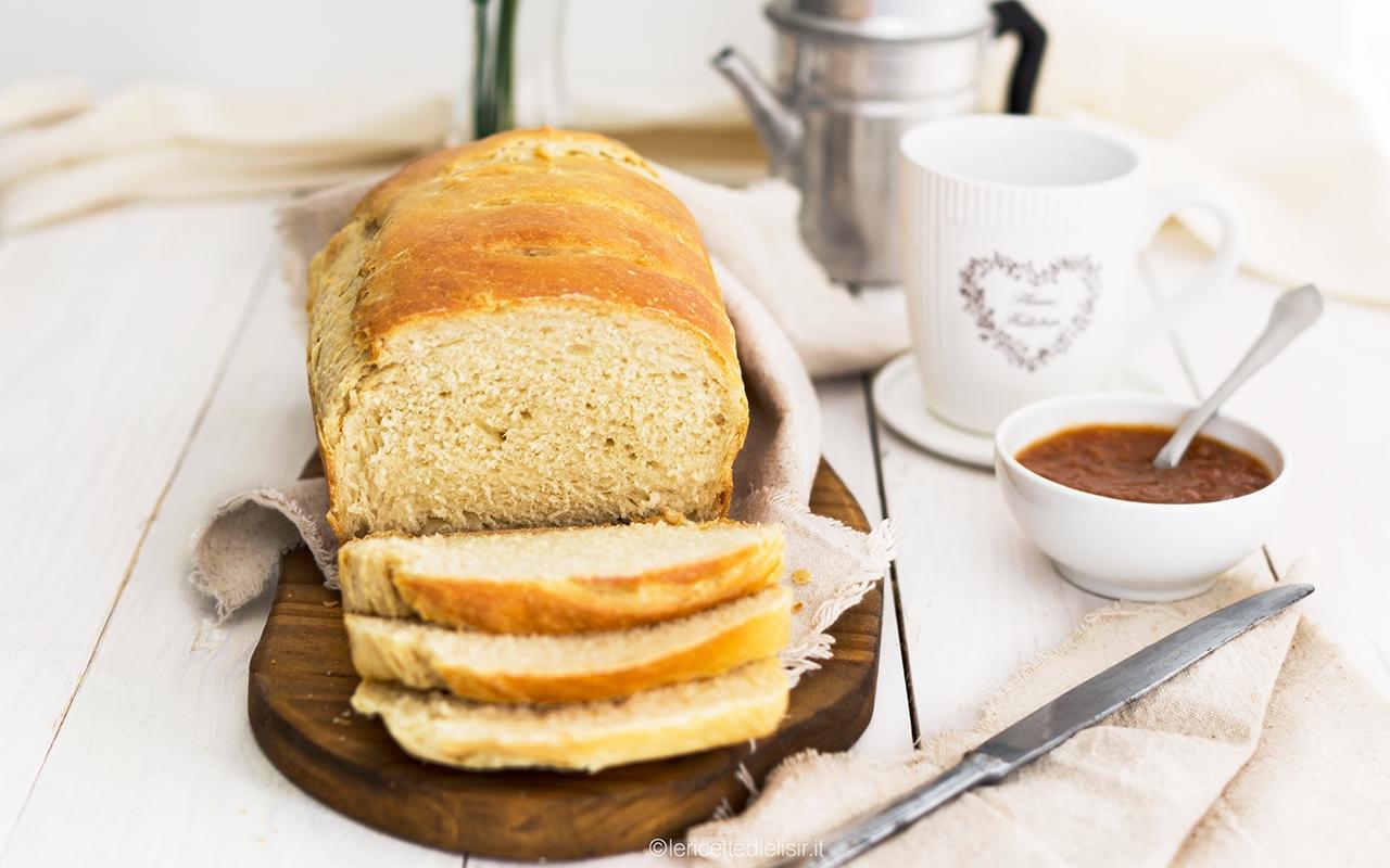 Pan bauletto fatto in casa morbido