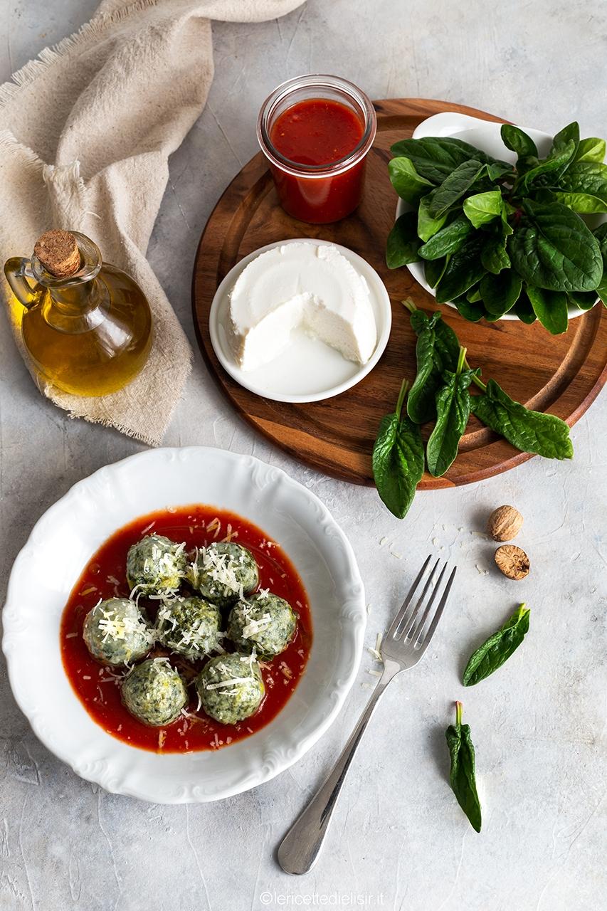 Ricetta gnudi toscani al pomodoro