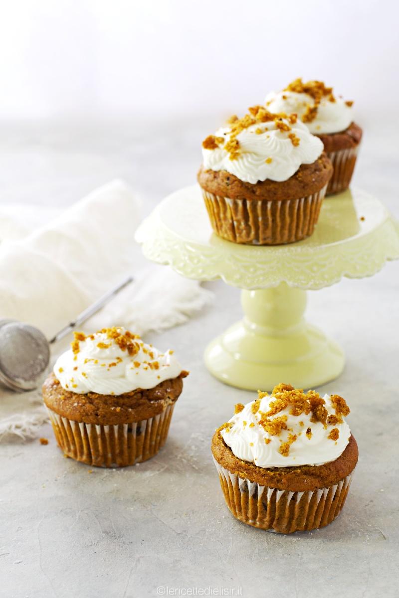Cupcake alla zucca con frosting al formaggio