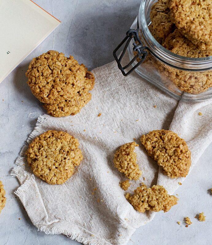 Biscotti ai fiocchi d'avena friabili